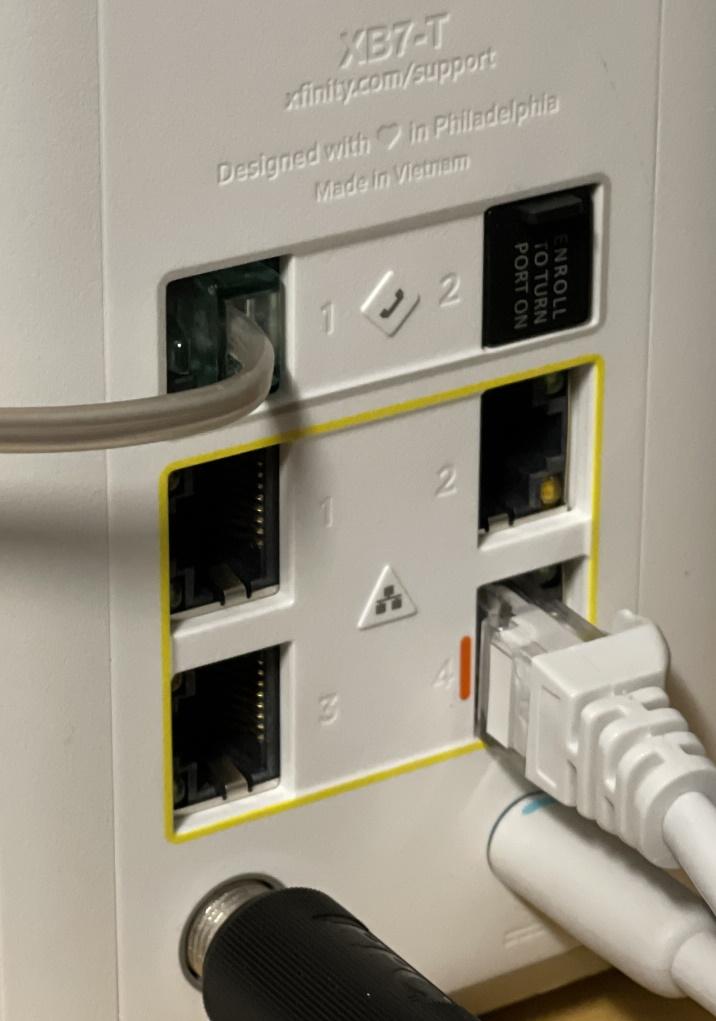 Xfi_router.jpg
